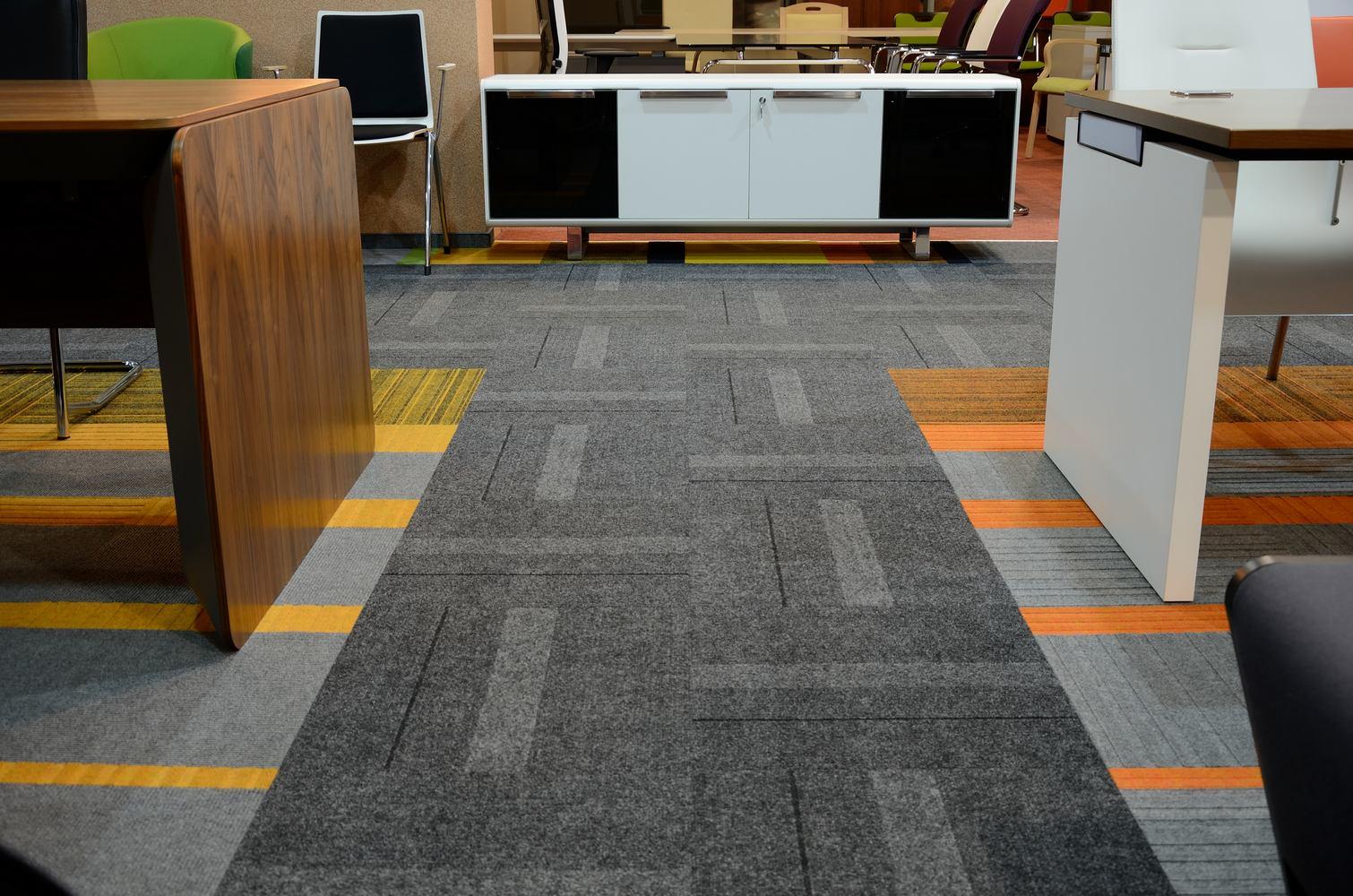 M M Carpet Showroom Carpet Vidalondon