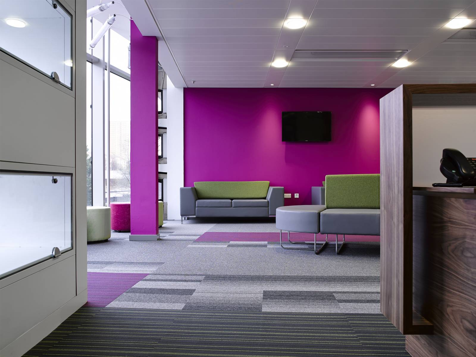 Royal Infirmary In Glasgow Gets Balance Atomic And Strands Carpet