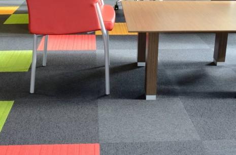 balance & lateral® carpet tiles - Mikomax