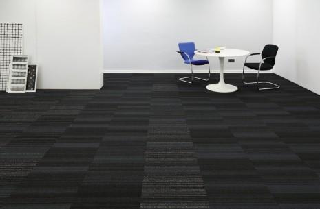 hadron titanium sparkler carpet tiles