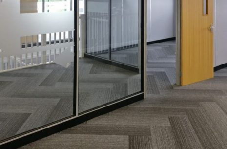 Cover Contracts office - tivoli mist carpet planks
